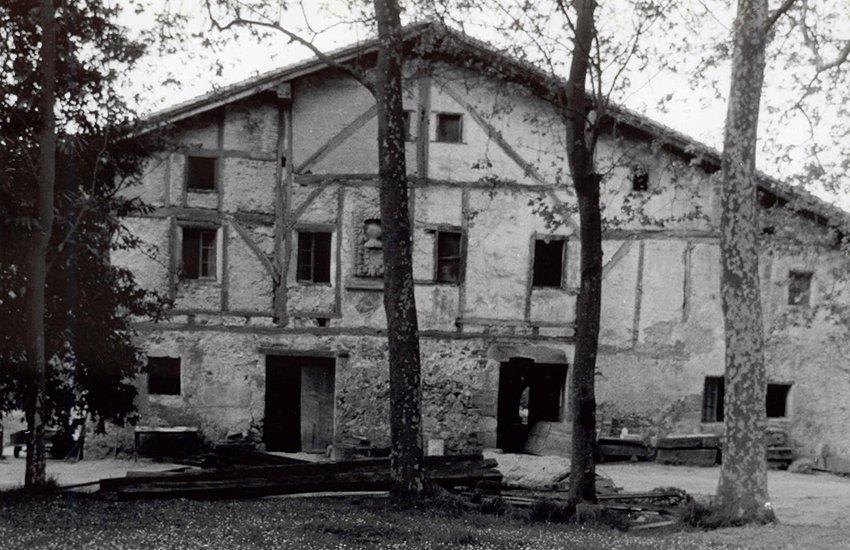 caserio-zabalaga-chillida-03